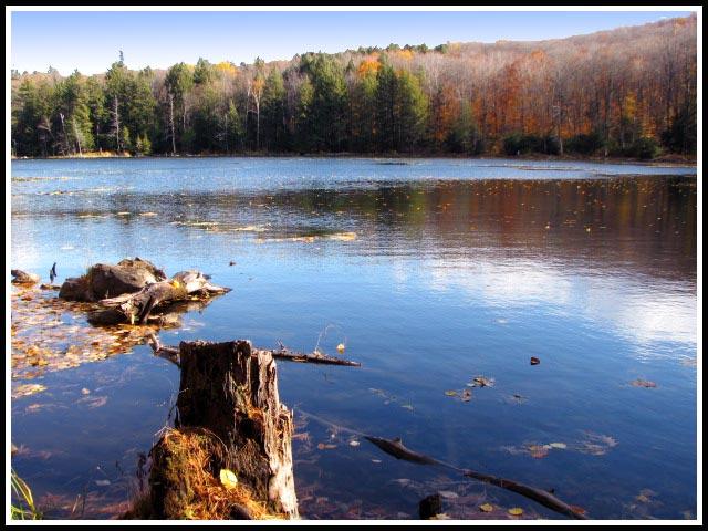 Lago en Canadá